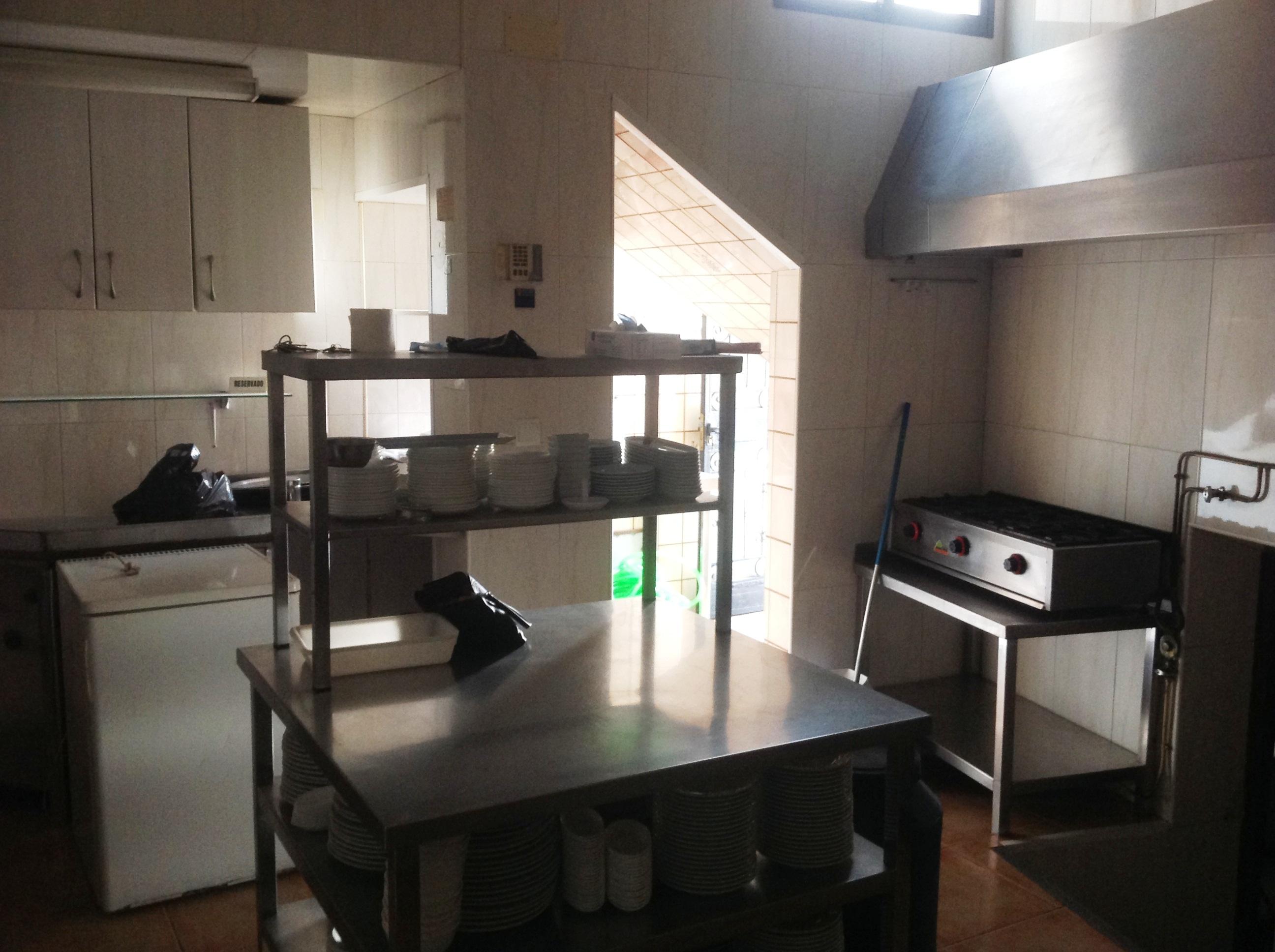 bar-en-alquiler-en-benamargosa-malaga-buena-cocina-5 - BARES EN ...