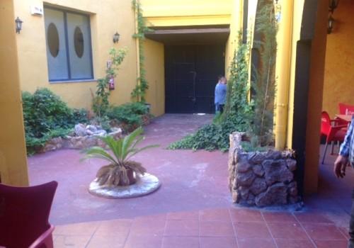 bar-en-alquiler-en-villena-alicante-con-patio-interior-14
