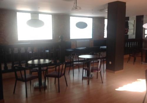 bar-en-alquiler-en-villena-alicante-con-patio-interior-19