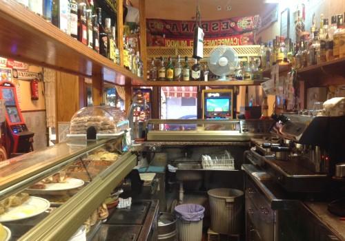 bar-en-venta-en-santa-pola-alicante-con-terraza-y-cocina-12