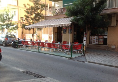 bar-en-venta-en-santa-pola-alicante-con-terraza-y-cocina-3