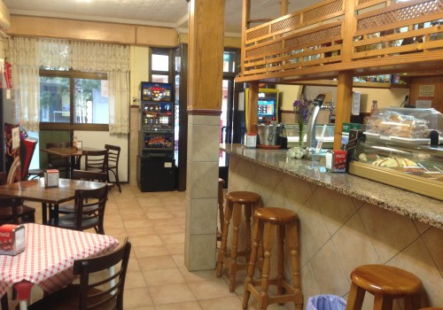 bar-en-venta-en-santa-pola-alicante-con-terraza-y-cocina-43