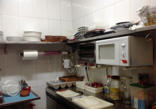 bar-en-venta-en-santa-pola-alicante-con-terraza-y-cocina-6