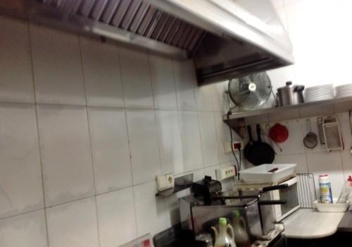 bar-en-venta-en-santa-pola-alicante-con-terraza-y-cocina-7