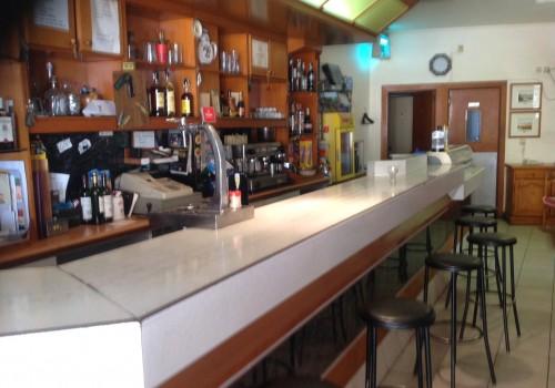 bar-en-alquiler-en-pobla-de-segur-lleida-con-terraza-2