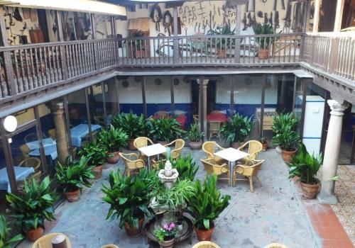 bar-restaurante-en-alquiler-en-mascaraque-toledo-montado-y-con-terraza-13