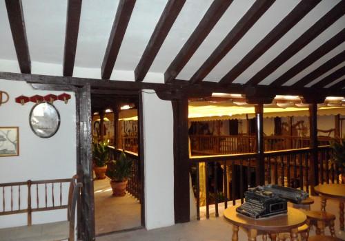 bar-restaurante-en-alquiler-en-mascaraque-toledo-montado-y-con-terraza-3
