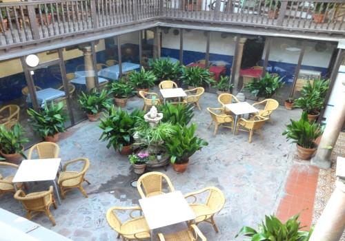 bar-restaurante-en-alquiler-en-mascaraque-toledo-montado-y-con-terraza-6