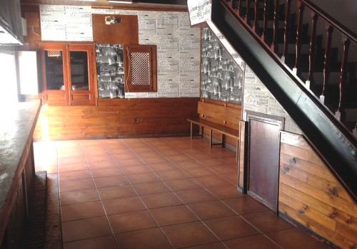 bar-en-alquiler-en-navaluenga-avila-con-terraza-5