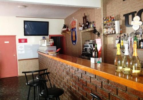 bar-en-alquiler-en-uceda-guadalajara-montado-y-con-cocina-17