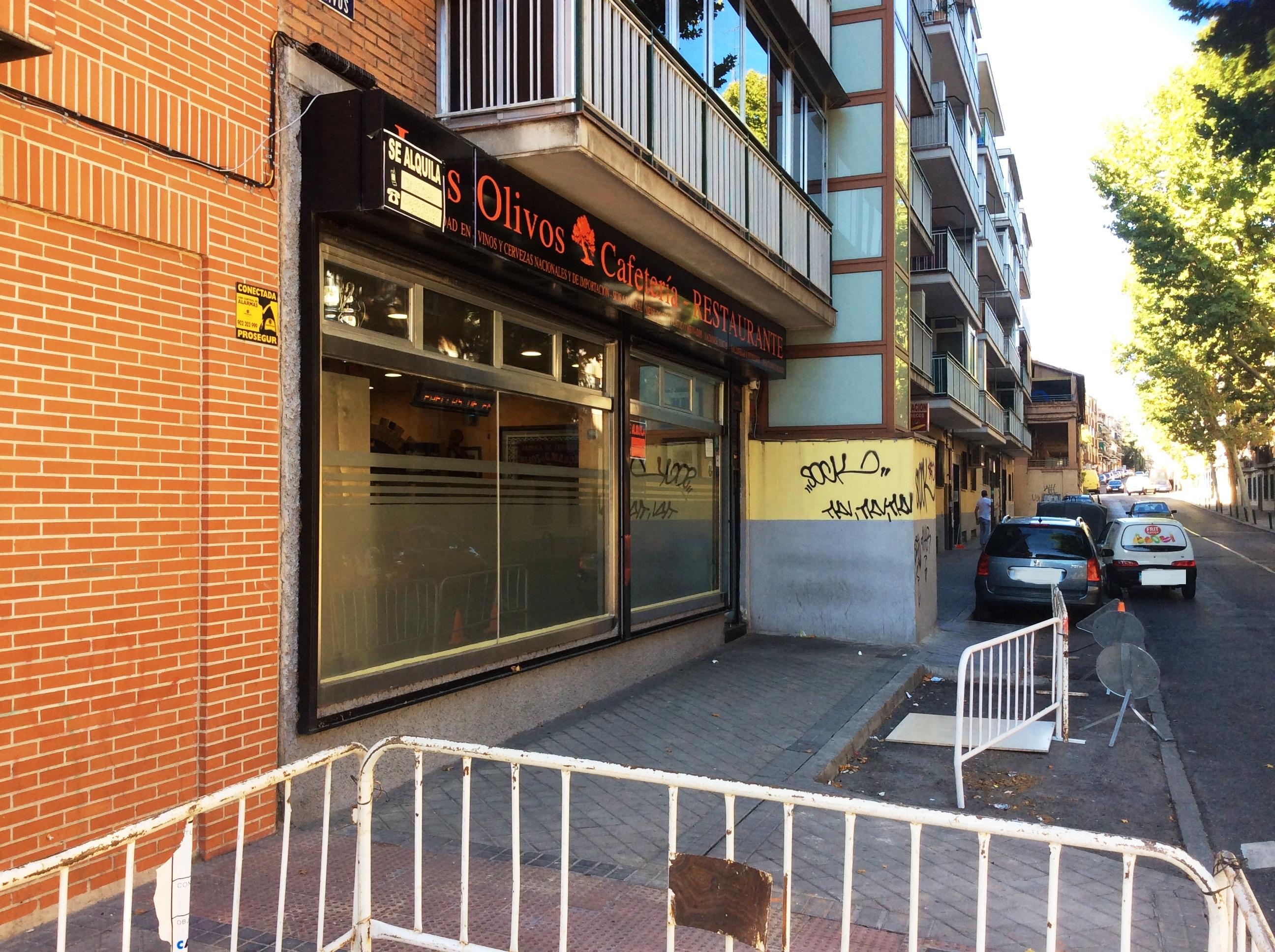 Miedo y asco en Valencia: El Batman, bares de chinos, prostíbulos andaluces, Dungeons&Gramos y Paco Alcácer - Página 2 Bar-restaurante-en-alquiler-en-madrid-montado-y-con-cocina-13