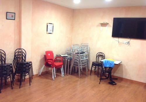 bar-en-alquiler-en-alcorcon-madrid-con-terraza-y-cocina-10