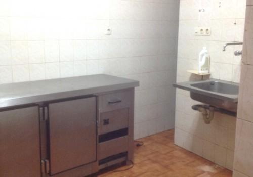 bar-en-alquiler-en-torrelavega-cantabria-con-cocina-9