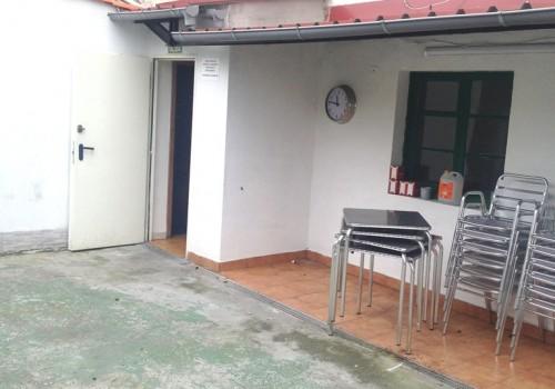 bar-en-alquiler-en-aviles-asturias-con-cocina-y-terraza-interior-8