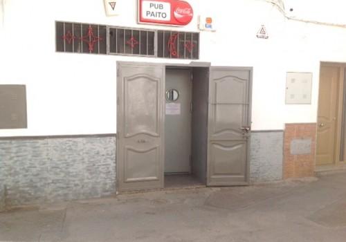 bar-en-alquiler-en-fiñana-almeria-pub-bien-situado-1