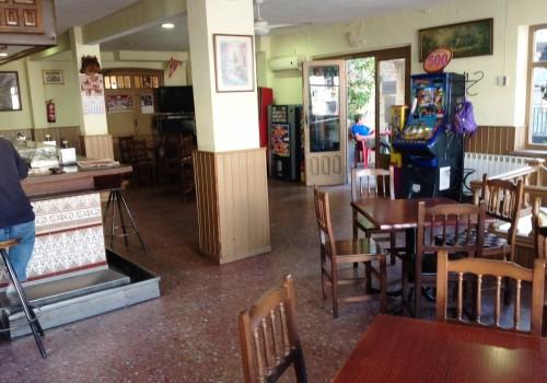 bar-restaurante-en-alquiler-en-piedrahita-avila-montado-y-con-terraza-6