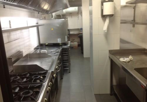 bar-restaurante-en-alquiler-en-solares-cantabria-montado-y-con-cocina-10