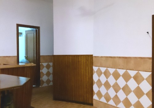 bar-en-alquiler-en-castro-del-rio-cordoba-bien-situado-y-con-cocina-7
