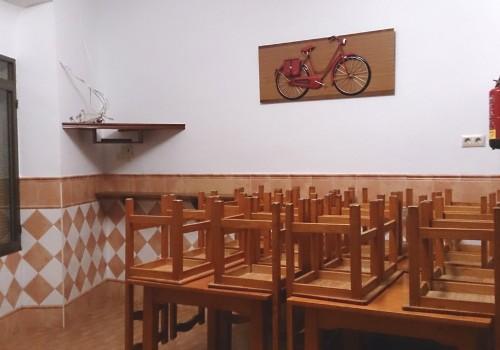bar-en-alquiler-en-castro-del-rio-cordoba-bien-situado-y-con-cocina-8