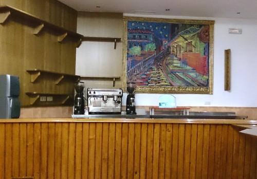 bar-en-alquiler-en-castro-del-rio-cordoba-bien-situado-y-con-cocina-9