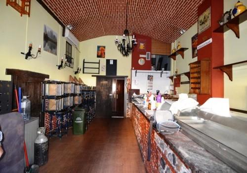 bar-en-venta-en-almeria-bien-situado-y-con-terraza-5