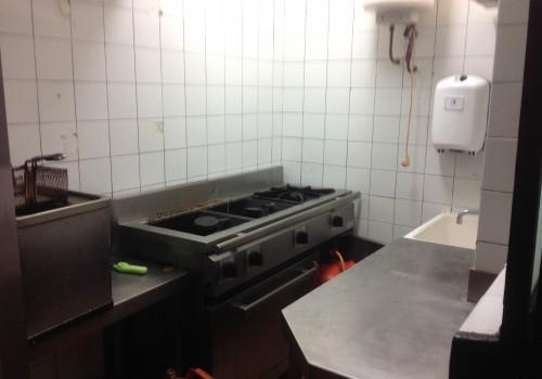 bar-en-venta-en-madrid-montado-y-con-cocina-5