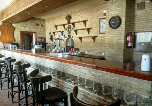 bar-restaurante-en-alquiler-en-el-real-de-la-jara-sevilla-totalmente-montado-13