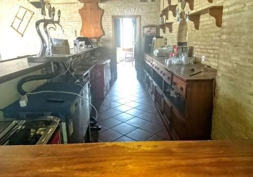 bar-restaurante-en-alquiler-en-el-real-de-la-jara-sevilla-totalmente-montado-5
