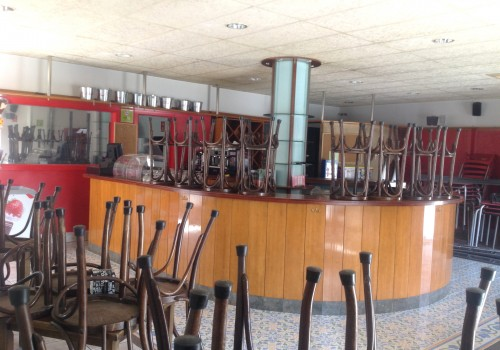 bar-en-alquiler-en-balsareny-barcelona-con-buena-terraza-4