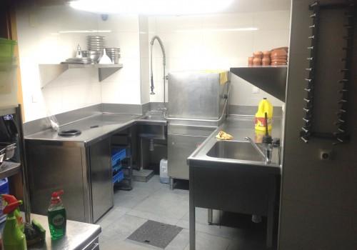 bar-en-alquiler-en-soria-con-cocina-industrial-14