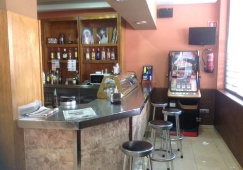 bar-en-venta-en-lorca-murcia-bien-situado-en-una-plaza-3