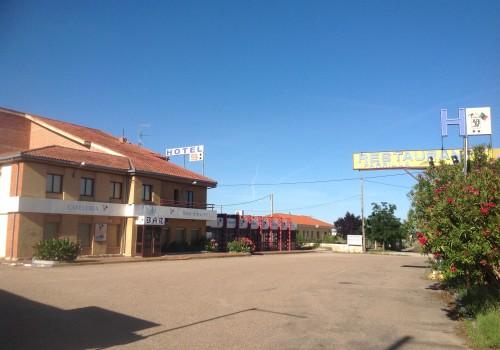 bar-en-venta-en-zamora-con-hotel-en-carretera-41