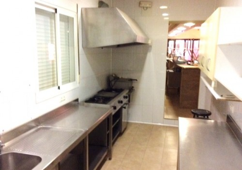 bar-restaurante-en-alquiler-en-alcubillas-ciudad-real-con-vivienda-y-hostal-10