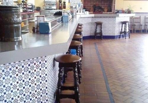 bar-restaurante-en-alquiler-en-toledo-grande-y-equipado-4