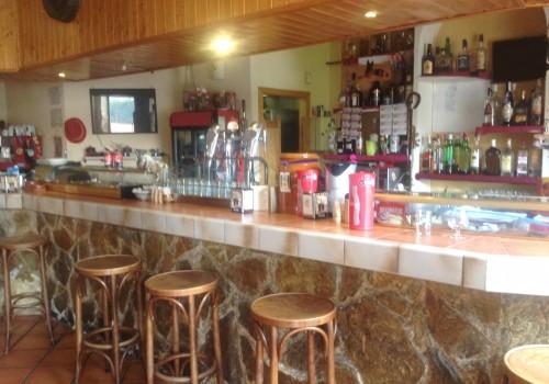 bar-en-venta-en-alovera-guadalajara-totalmente-montado-y-con-terraza-25