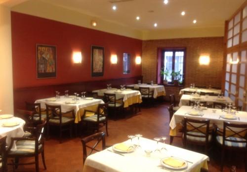 bar-restaurante-en-alquiler-en-lozoya-madrid-con-vivienda-1