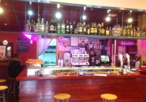 bar-restaurante-en-alquiler-en-lozoya-madrid-con-vivienda-5