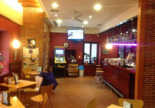 bar-restaurante-en-alquiler-en-lozoya-madrid-con-vivienda-6