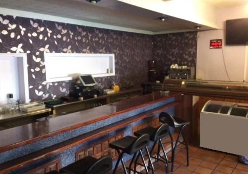 bar-en-alquiler-en-ruidera-ciudad-real-montado-y-con-cocina-2