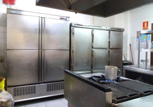 bar-en-alquiler-en-sant-vicenç-de-castellet-barcelona-con-cocina-equipada-1
