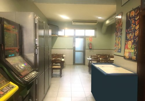 bar-en-alquiler-en-sant-vicenç-de-castellet-barcelona-con-cocina-equipada-6