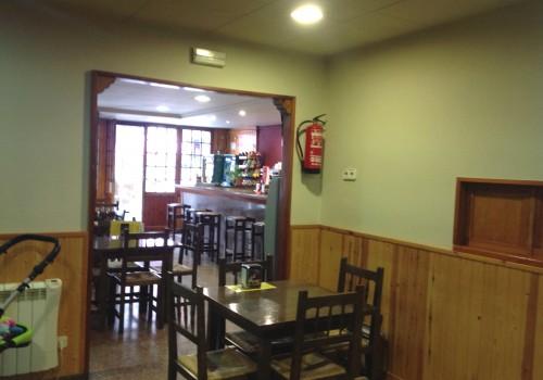bar-en-alquiler-en-torello-barcelona-con-terraza-4