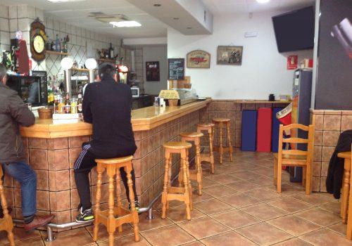 bar-en-venta-en-azuqueca-de-henares-guadalajara-totalmente-montado-y-equipado-2