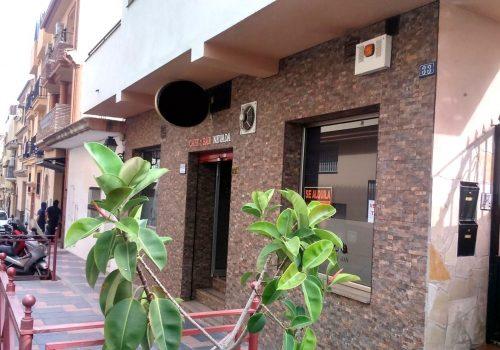 bar-en-alquiler-en-mijas-costa-malaga-con-terraza-y-salida-de-humos-5