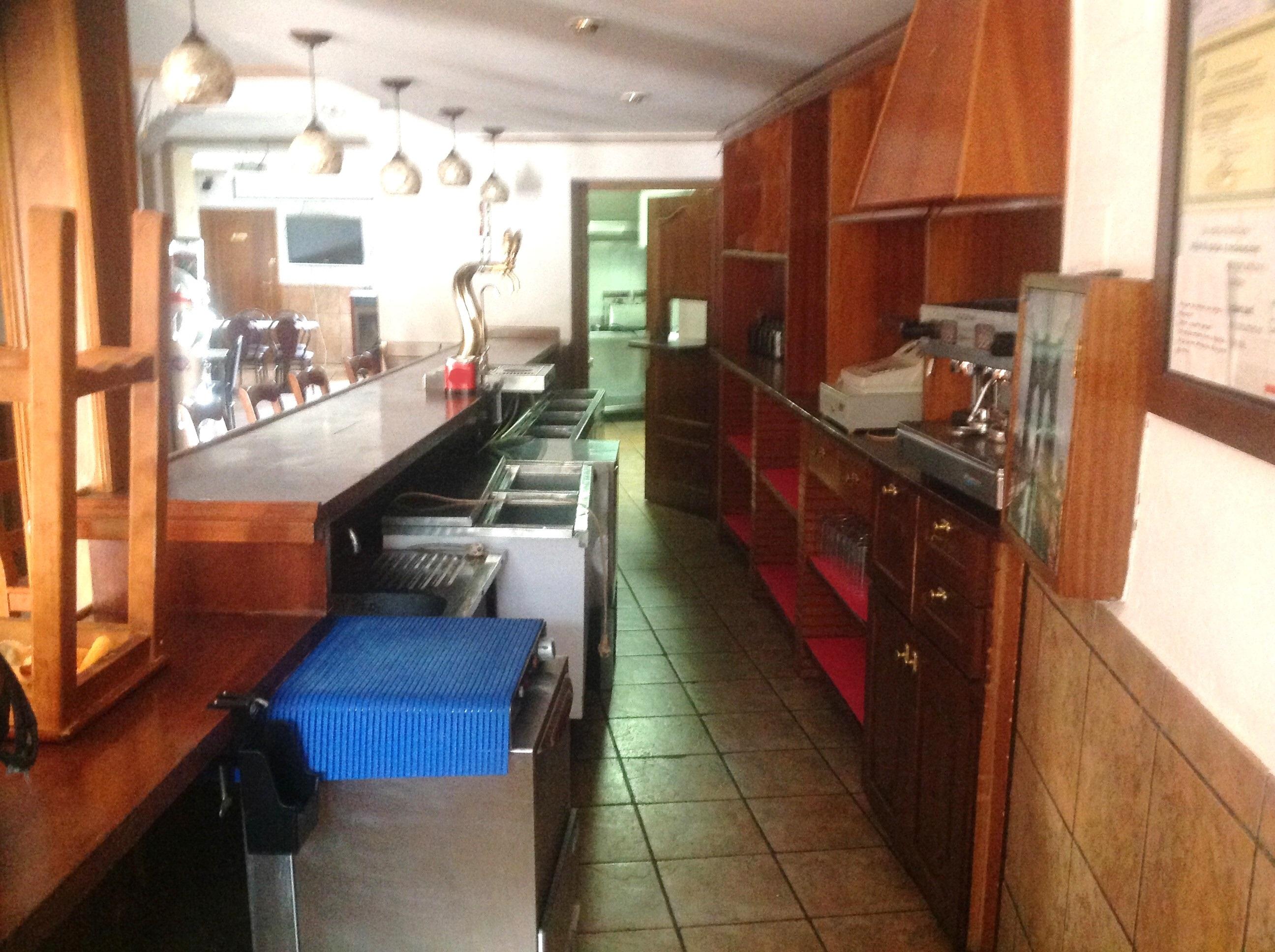 Bar En Alquiler En Santo Tome Jaen Con Cocina Y Terraza 2