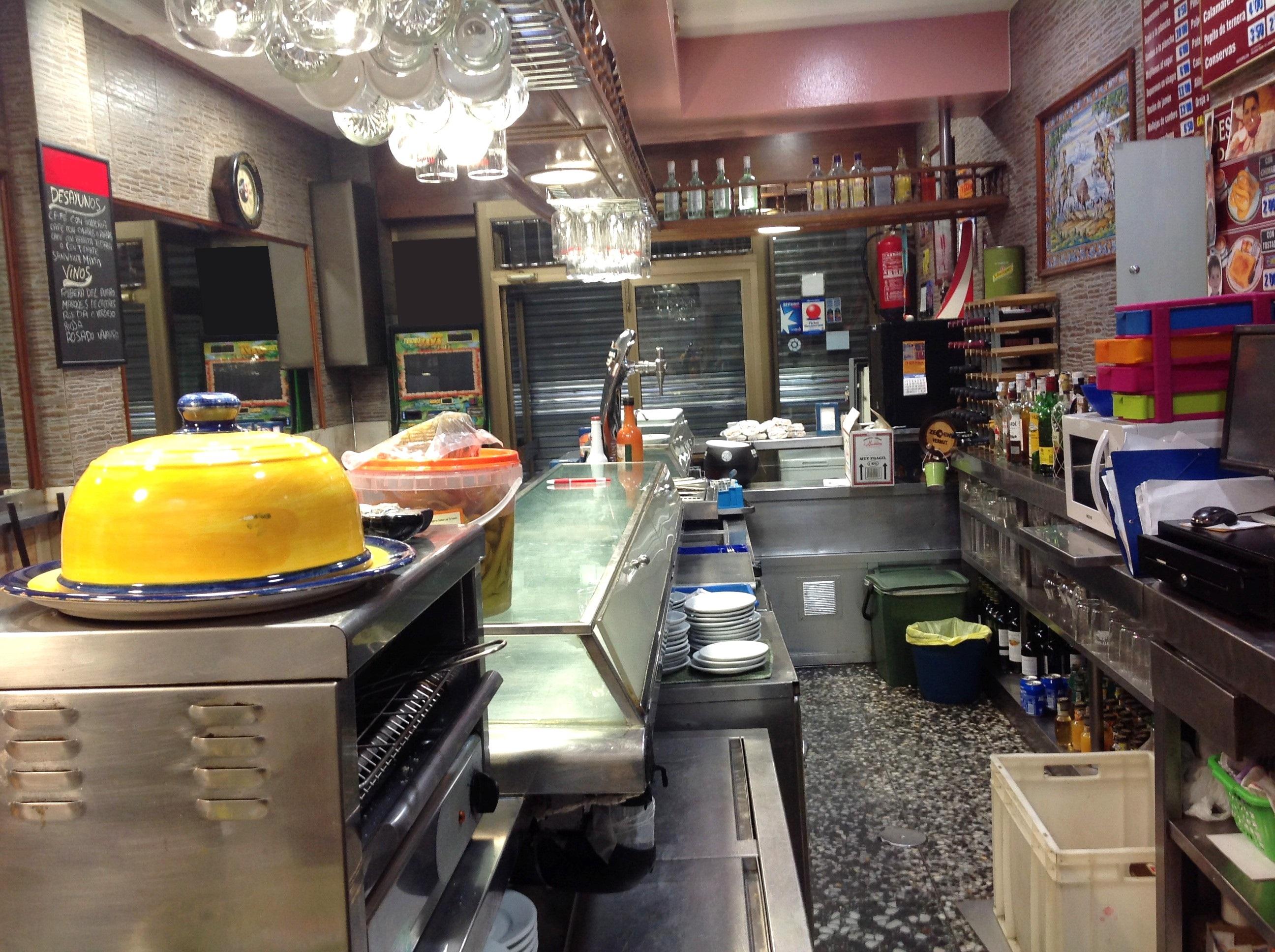 Dorable Ideas De Cocina Bar De Vinos Adorno - Ideas de Decoración de ...