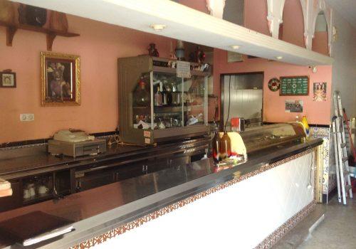 bar-en-alquiler-en-sevilla-con-cocina-y-terraza-2