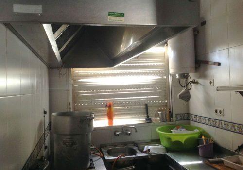 bar-en-alquiler-en-sevilla-con-cocina-y-terraza-9