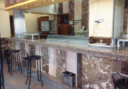 bar-en-venta-en-madrid-con-cocina-y-mobiliario-1
