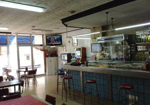 bar-en-venta-en-reus-tarragona-montado-y-con-cocina-4